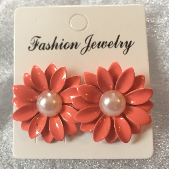 Jewelry - (H2) Flower Earrings